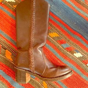 """Vintage Frye Boots braided accent & 3"""" heel"""
